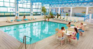 Club-Mykonos-Pool