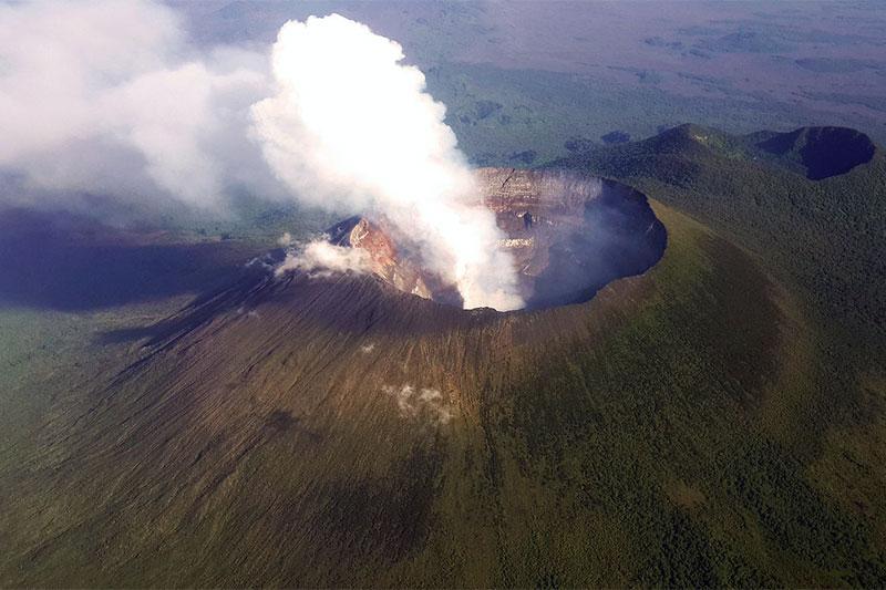 Mount Nyiragongo crater