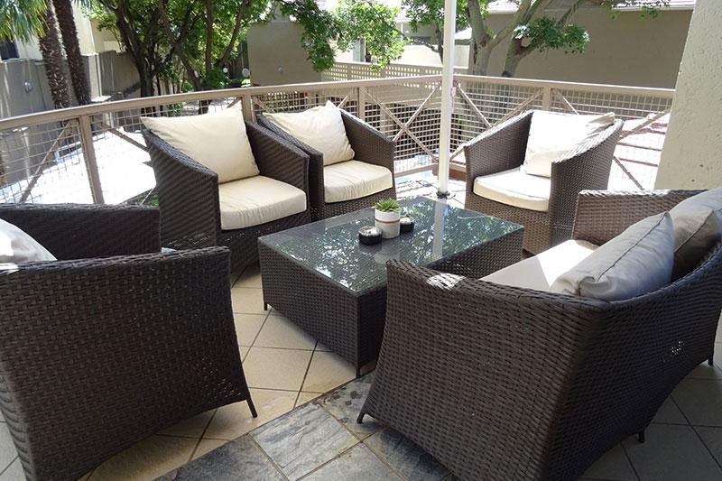 Courtyard Hotel Sandton Patio