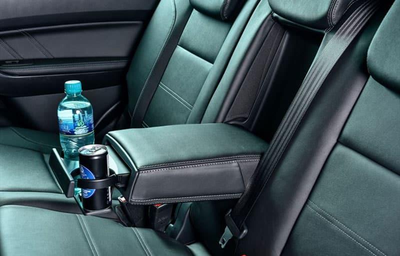 Ford Everest back seat drinks holder