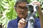 Sculptor Tom Bower at work, Seychelles